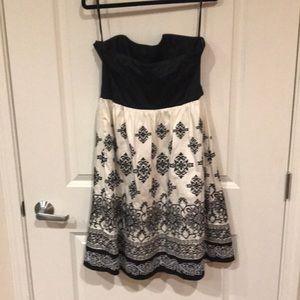 White House Black Market Dresses - White House Black Market Strapless Dress